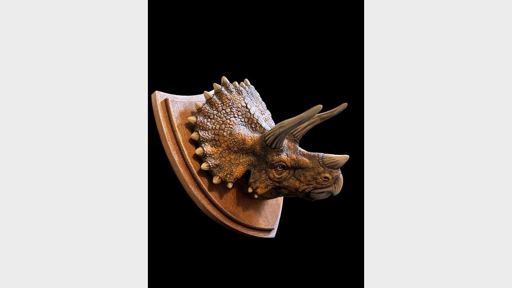 Dinosauriertrophäeals virtuelles Modell erschaffen, 3D-gedruckt und handbemalen