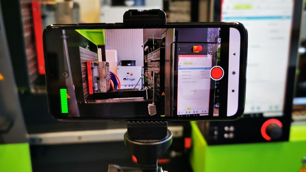 Bemusterungen und Analysen können mit unserer Ausrüstung komplett digital durchgeführt werden
