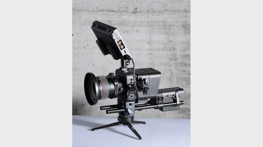 High-end video camera for Hasselblad H6D-100c digital back