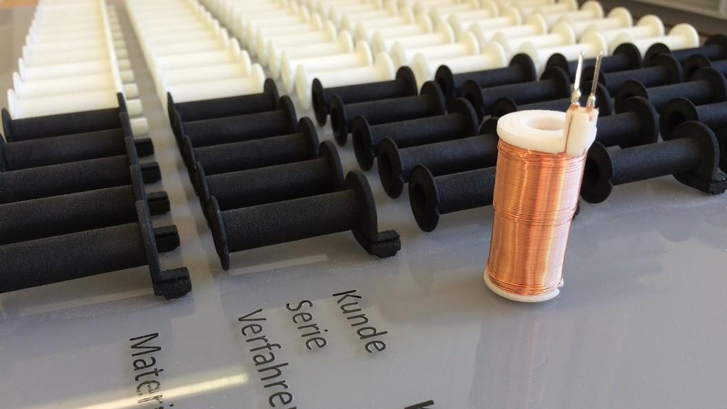 Serie von lasergesinterten Spulenkörper