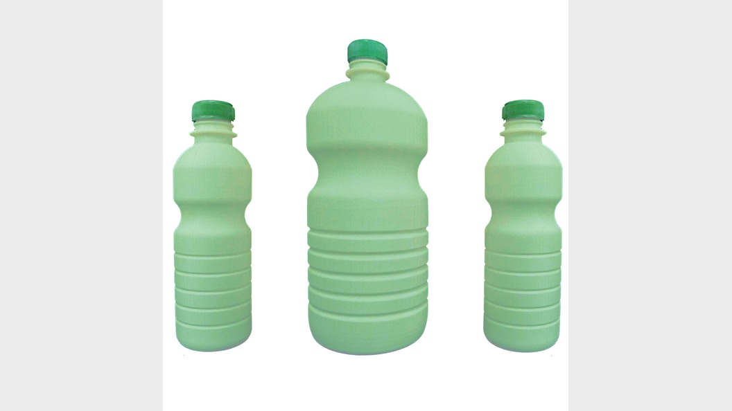 Prototypes of additively manufactured bottles for trials and customer-presentations