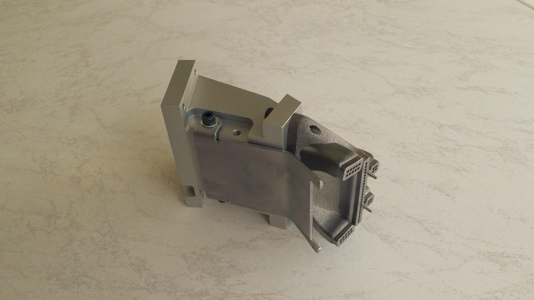 Optimierte und AM Metall gedruckte KSS Düse
