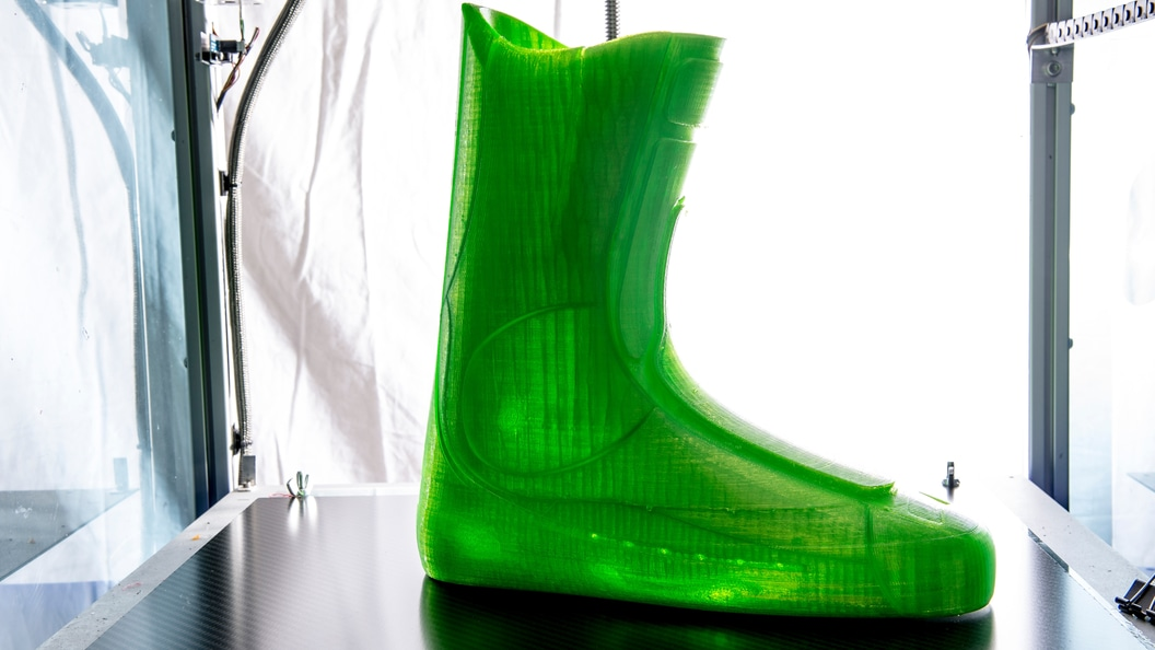 Soft, inner liner of ski boot made in TPU using Fused Deposition Modeling (FDM) ©Tailored Fits AG