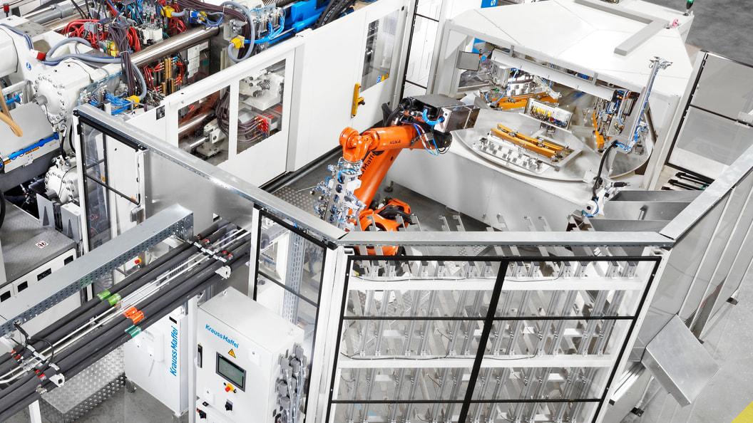 Dank des vollautomatisierten Prozesses ist eine durchgehend hohe Qualität der Bauteile garantiert.