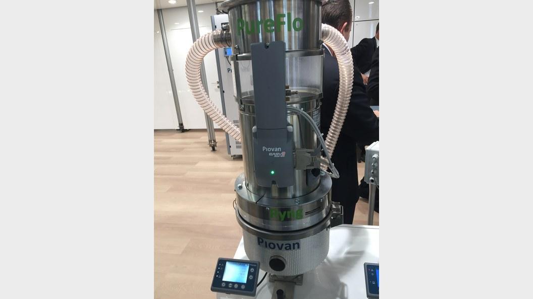 PIOVAN Ryng 1:1 wurde an der Swiss Plastics Expo 2017 gezeigt