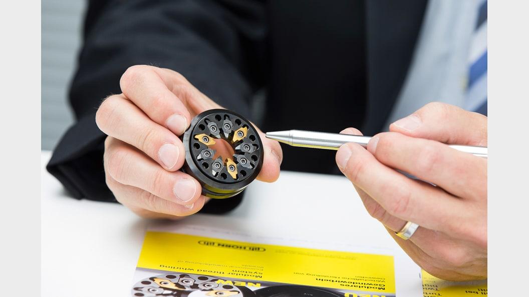 Turbowirbeln bedeutet für den Kunden im Detail: höhere Schnittdatendank Schnittaufteilung.