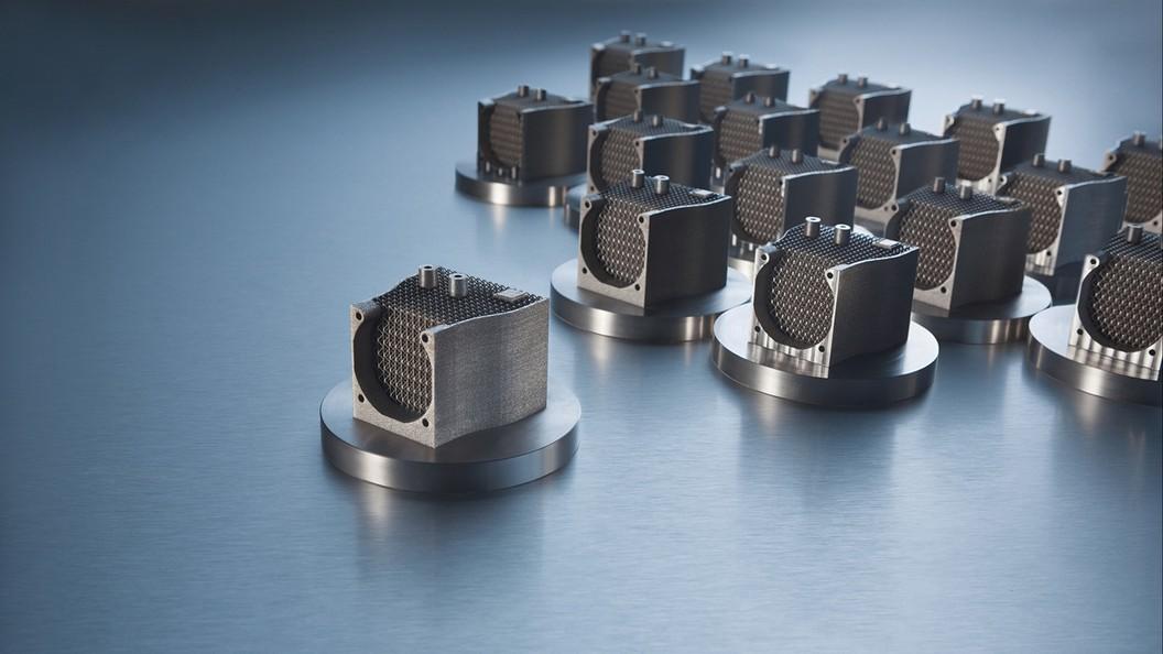 Die Fertigung erfolgt auf modernsten Maschinen inhouse und bei Produktionspartnern.
