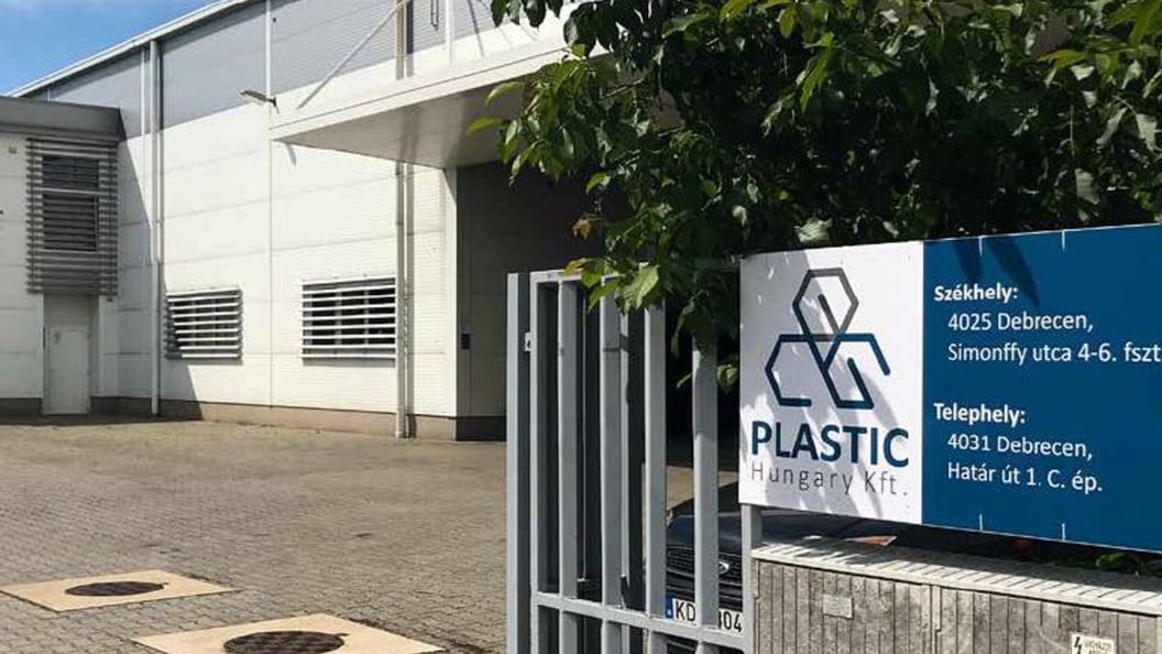 In our modern European industrial facility in Debrecen, Hungary, we produce your plastic products