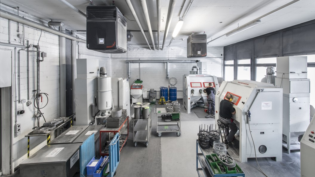 With Zehnder Clean Air Solutions, Oerlikon achieved a dust reduction of up to 78 %.