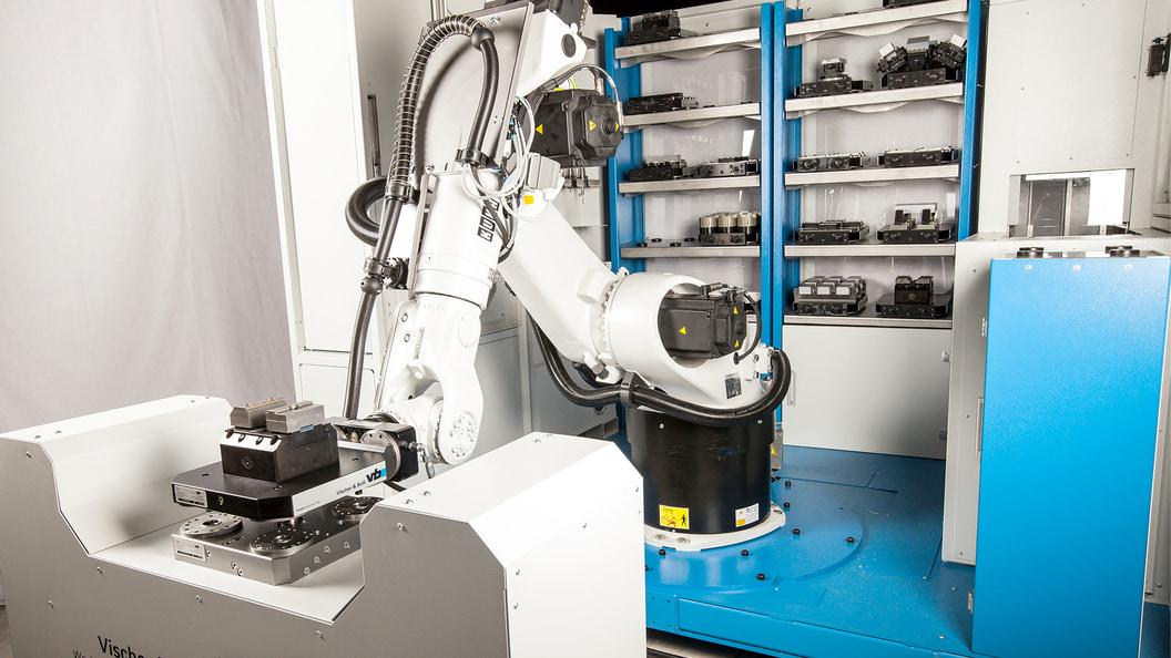 Die Roboterzelle ist in 5 Stufen modular ausbaubar.