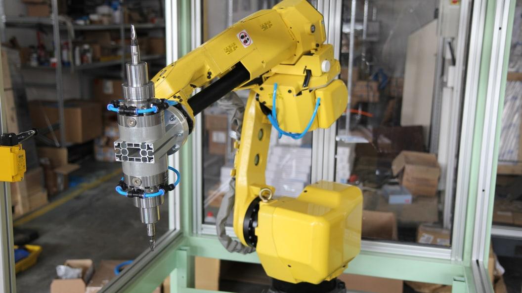 An einem Roboter lassen sich aus zwei oder mehr RSC Systeme anbringen.