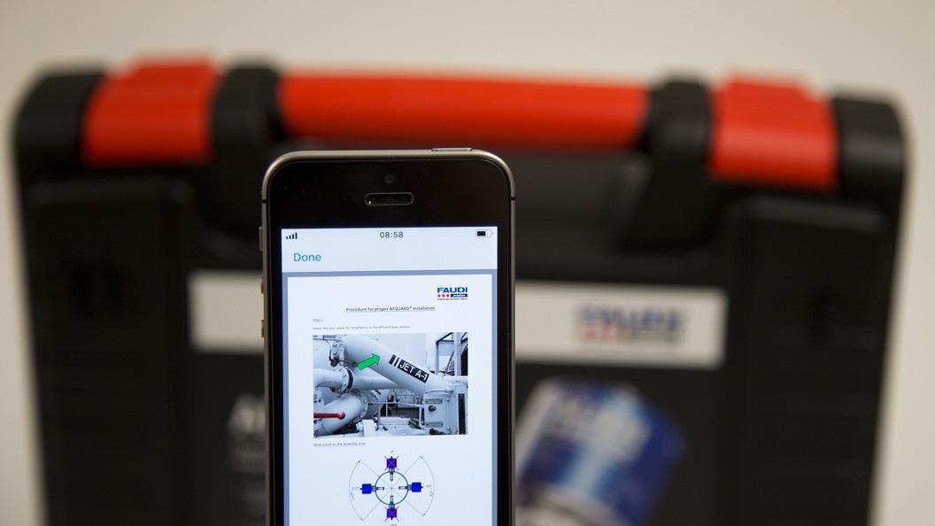 Die verlinkte Anleitung (z. B. PDF-Datei) kann komfortabel via Smartphone mobil aufgerufen werden.