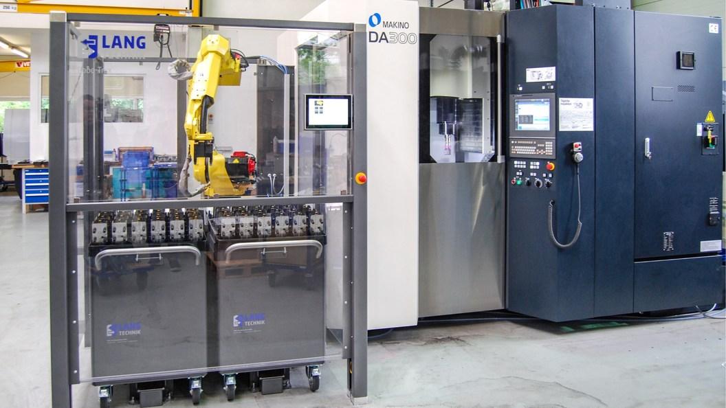 RoboTrex mit zwei Automationswagen