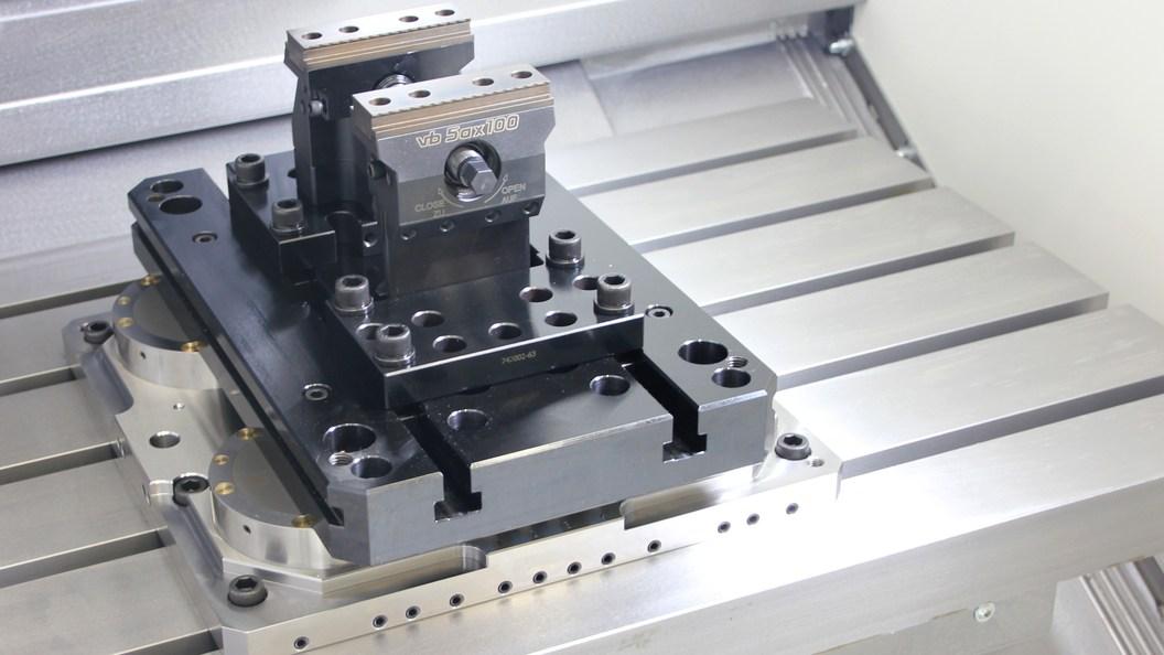 vb-DockLock AirLine Standard 4-fach Platte im Einsatz