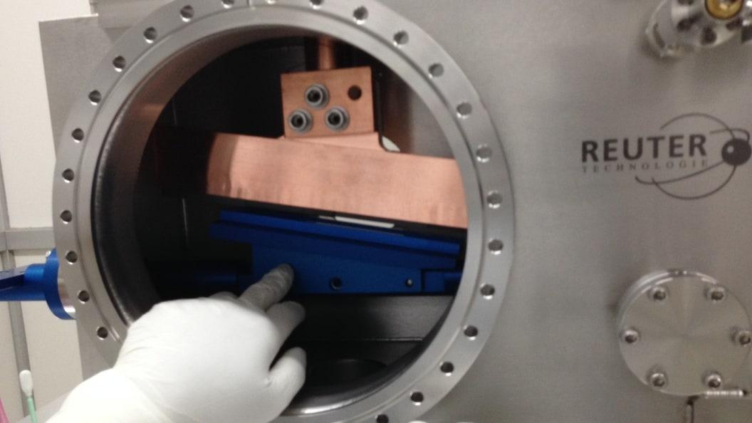 Kupferabsorber mit vakuumgelöteten Borcarbid-Platten zur Abschaltung des Röntgenlaserstrahls