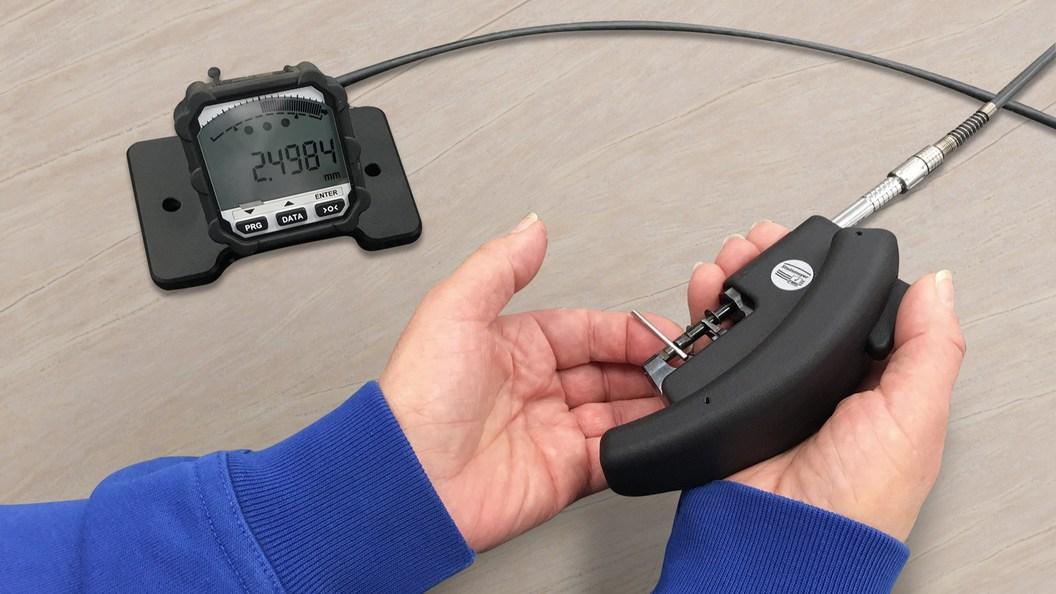Das zweiteilige Digitalpassameter 3903 ideal zur Serienprüfung.