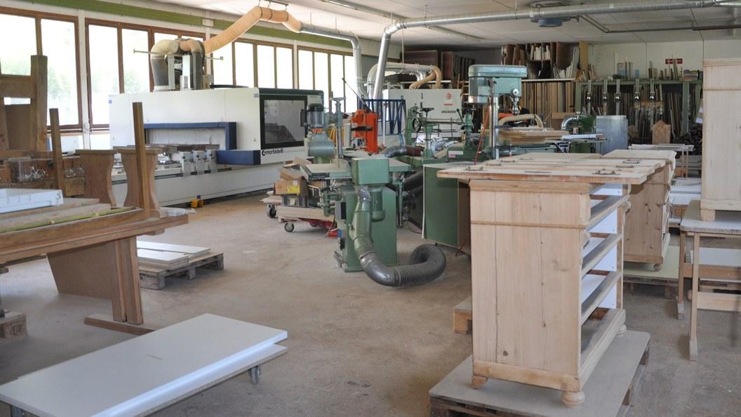 Im Schreinereibetrieb werden Unikate hergestellt