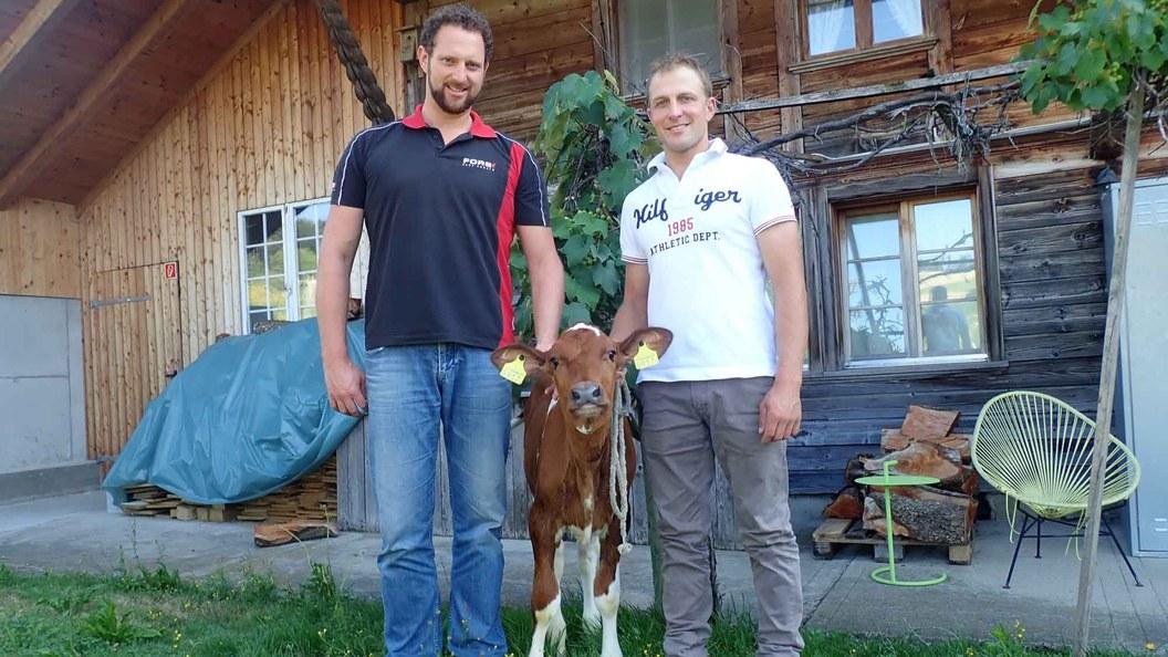 Fors Fütterungsberater Lukas Steffen mit David Minder