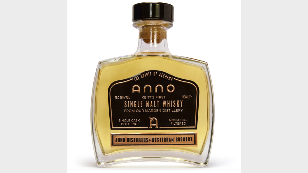 Anno Distillers, a mix between the latest multi-color technique and a classic pewter label