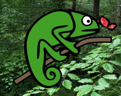 En mode lumière / par défaut, Karma Chameleon est assis sur une branche dans une forêt verte entourée d'un papillon rouge flottant. Dans les deux environnements, ses couleurs changent automatiquement et ses yeux se déplacent.