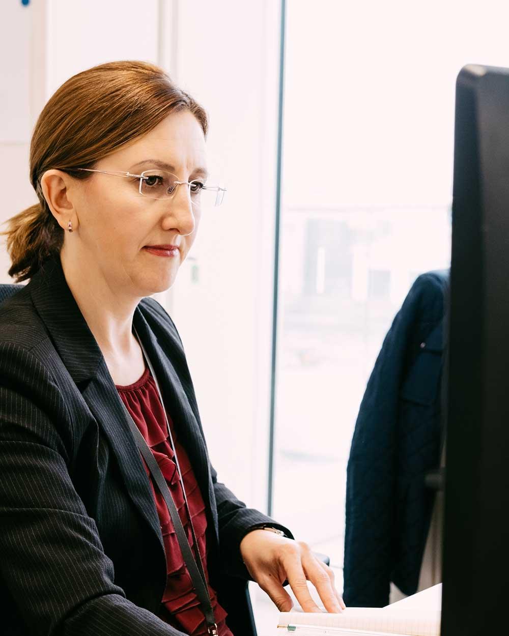 HR team members using hiring pipeline