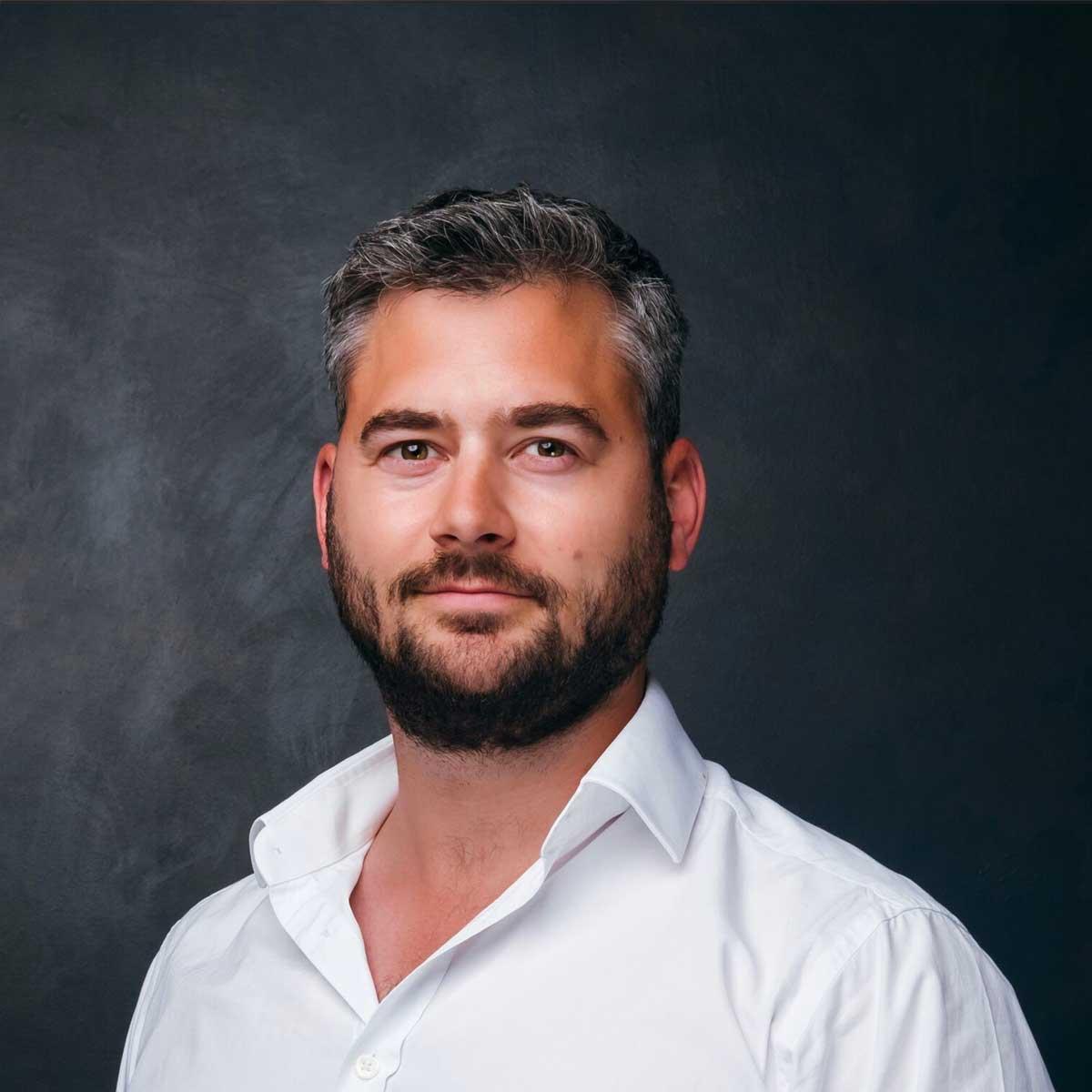 Simon De La Haye