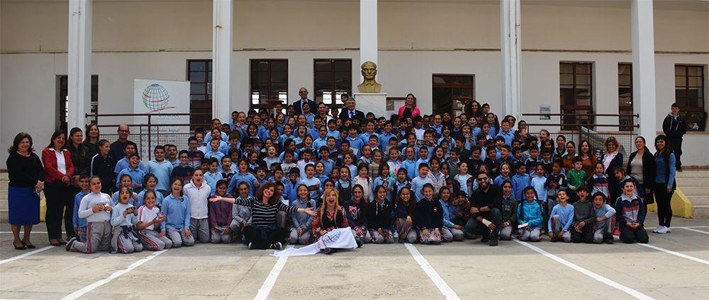 Lefke İstiklal İlkokulu'nda Soytarılar Okulu Sahnelendi