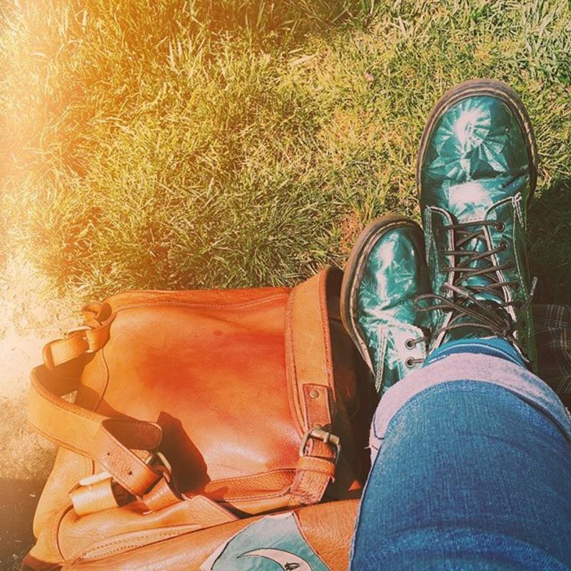 Campus vibes #UOonYou #drmartens #leather #chapmanu