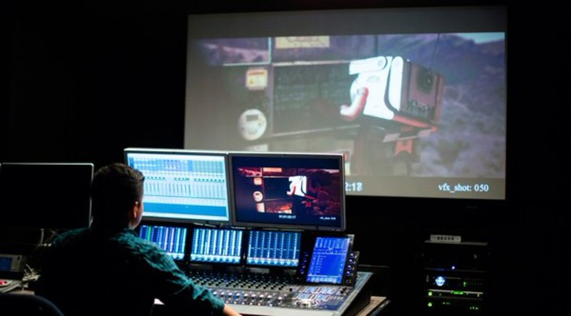 When learning the art of editing, students gain understanding of entire filmmaking process https://t.co/Pc1ctrck2a https://t.co/mP9eXVGAIU