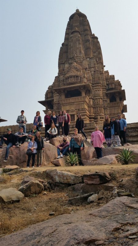 We are having a spectacular trip in India! Here we are in Khajurajo. Tomorrow is the Taj Mahal #CUGlobal https://t.co/x6ekLNHbuF