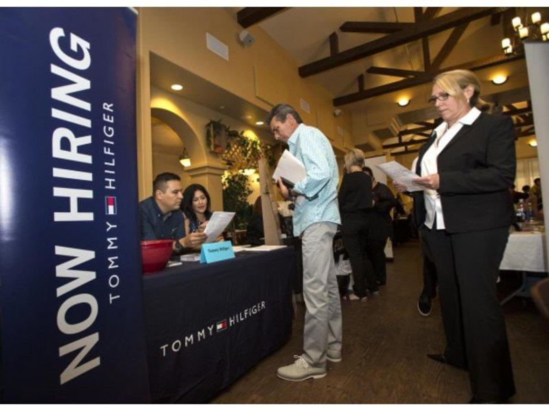 Orange County employers added 11,000 full-time and part-time jobs last month for a total of 1,586,600.