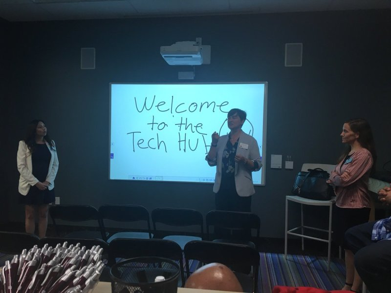 RT @CIO_ChapmanU: @ATchapman discussing Tech Tuesday at the #techhub today. https://t.co/SbLiLHSgPZ