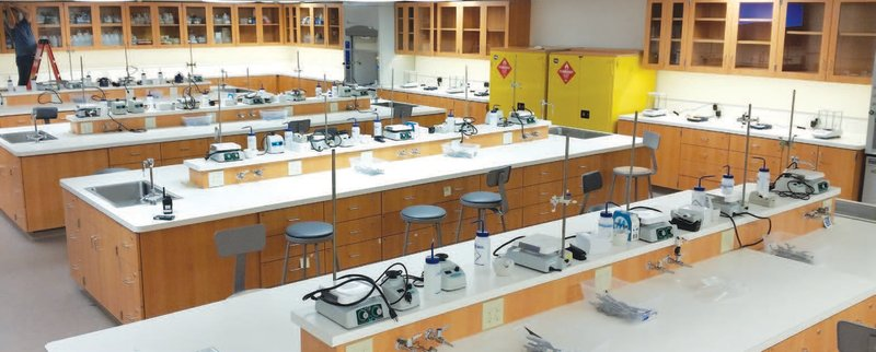 Chapman Donates $1 Million Chemistry Lab to OUSD