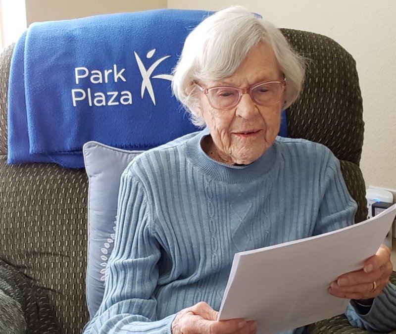 Chapman Physics Students Write Letters to Home-Bound Senior-Living Residents