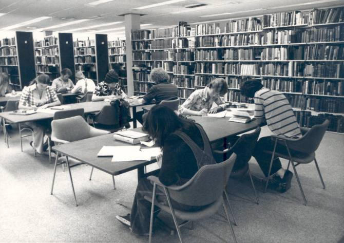 Photo: #ThrowbackThursday to students studying in the Thurmond Clarke Memo...