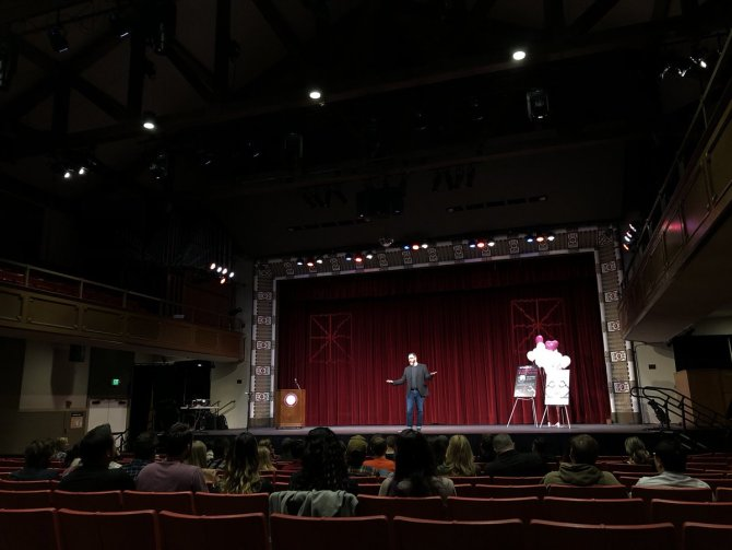 Photo: Ask Sience Mike live podcast in Memorial Hall. Stop by! https://t.c...