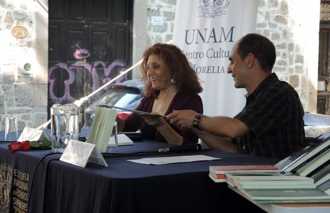 Photo: Professor Kozameh Travels to Mexico