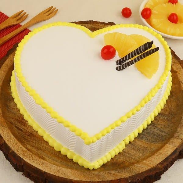Hearty Pineapple Cake
