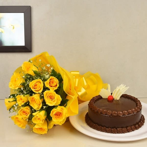 Yellow Flowers N Cake