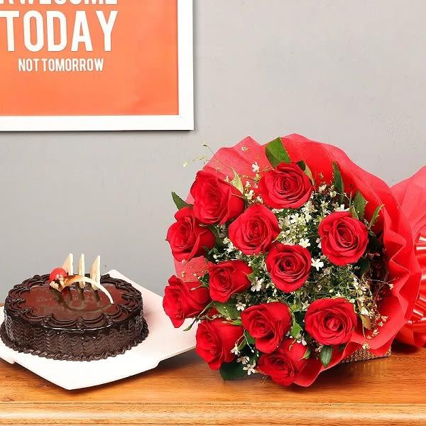 Bouquet & Chocolate Cake