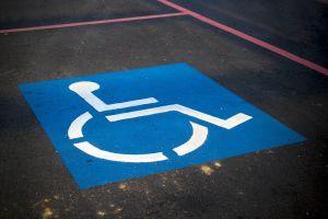Parkovací místo pro postižené
