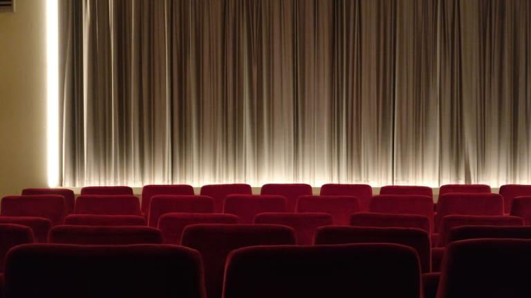 Kinosál promítání filmu