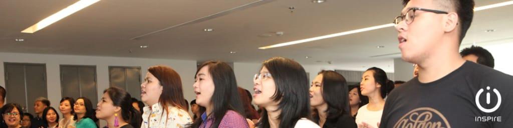 Memuji Tuhan - Inspire Young People