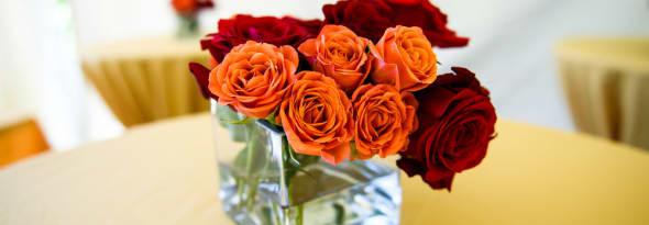 Flower Arrangements- Choosing a Perfect Vase Is the Key
