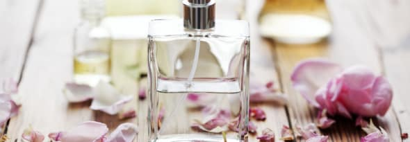 How to Make Your Own Perfume with Fragrant Flowers
