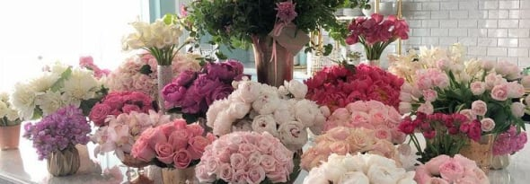How To Turn Mom's Home into a Floral Paradise for Mother's Day