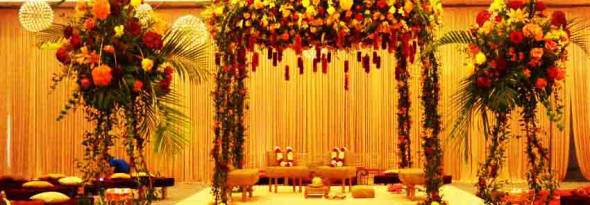 7 Beautiful Mandap Decor Ideas to Jazz up Your Wedding Decoration