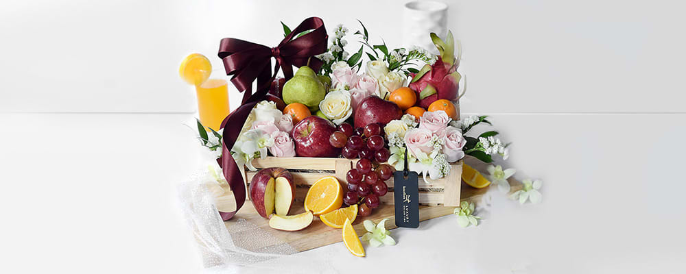 Fresh Flowers and Fruits Hamper