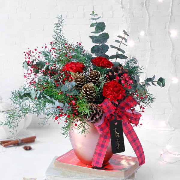 Blooming Christmas in Rose Gold Vase