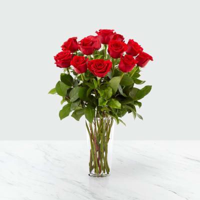 12 roses long stemmed